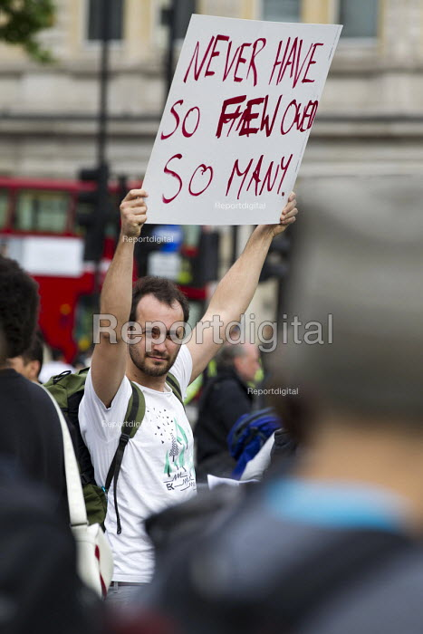 Anti austerity protests on the day of the Queens Speech and opening of Parliament. Trafalgar Square, London. - Jess Hurd - 2015-05-27