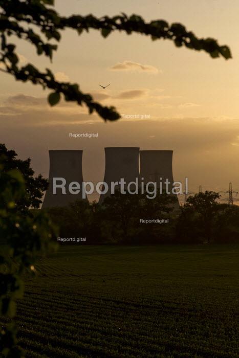 Didcot Power Station. Oxfordshire. - Jess Hurd - 2015-05-31
