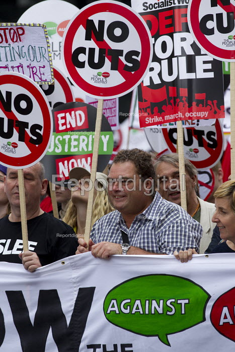 Manuel Cortez TSSA, Peoples Assembly Against Austerity protest against cuts in anti-austerity march. London. - Jess Hurd - 2015-06-20