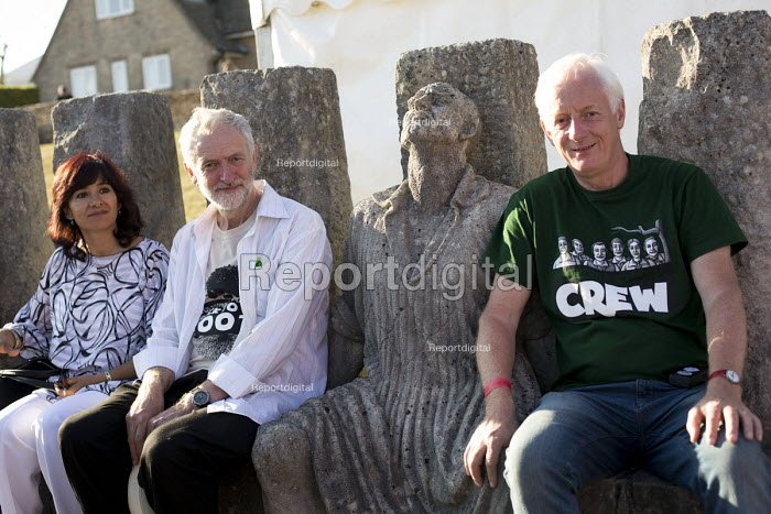 Jeremy Corbyn MP campaigning for Leader of the Labour Party with the Statue of George Loveless outside the Tolpuddle Museum at the Tolpuddle Martyrs Festival. Dorset. - Jess Hurd - 2015-07-19