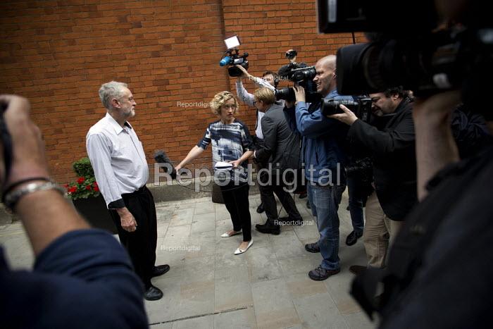 Jeremy Corbyn speaking to media before Quiz Corbyn meeting Ealing Town Hall London - Jess Hurd - 2015-08-17