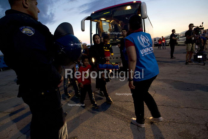 Exhausted refugees arrive at Opatovak refugee camp. Croatia. - Jess Hurd - 2015-09-23