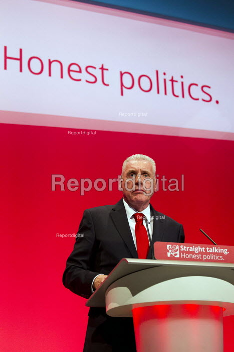 Vernon Coaker MP speaking at Labour Party Conference Brighton. - Jess Hurd - 2015-09-27