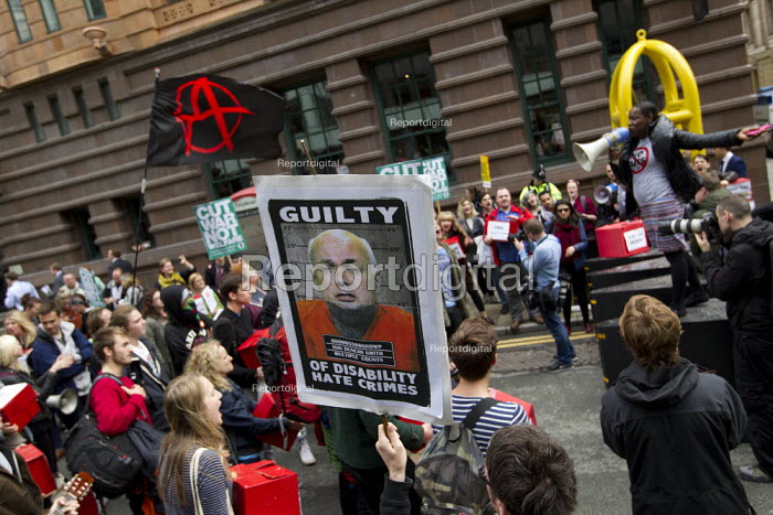 Students and disability rights protest, Conservative Party Conference, Manchester. - Jess Hurd - 2015-10-05