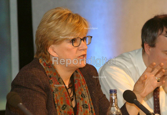 Polly Toynbee, The London Conference, QE11 Conference Centre, London. - James Jenkins - 2003-11-29