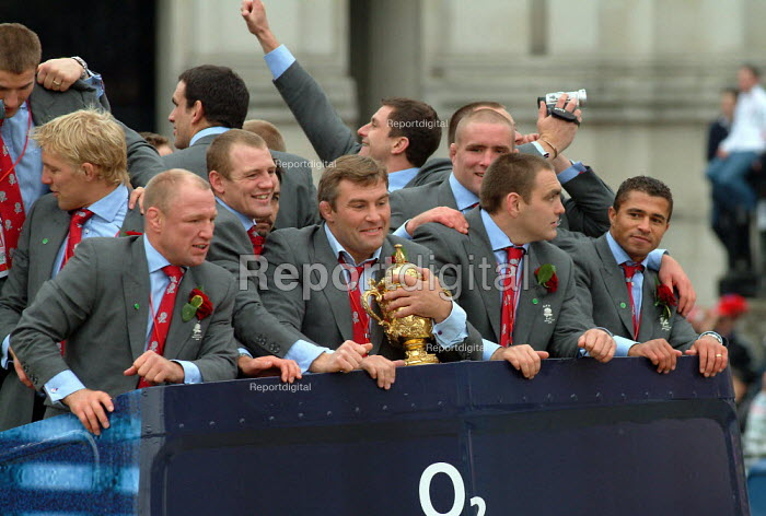 England rugby team at their Rugby World Cup London Victory Parade, Trafalgar Square, London. - James Jenkins - 2003-12-08