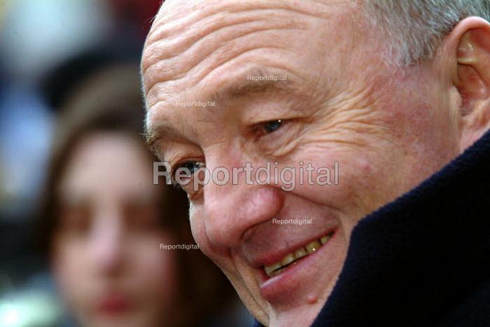 Ken Livingstone, Mayor of London at the Russian Winter Festival, Trafalgar Square, London 15th Jan 2005. - James Jenkins - 2005-01-15