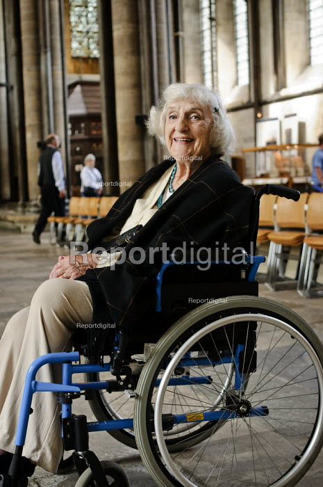 Portrait of an elderly woman in a wheelchair, during a visit to Salisbury Cathedral. - Paul Carter - 2008-09-15