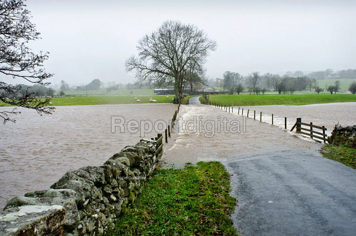 The River Caldew on the northern edge of The Lake District, Cumbria flooding after torrential rains and high winds. Haltcliff Bridge, near Caldbeck. 19 November 2009 - Paul Carter - 2009-11-19