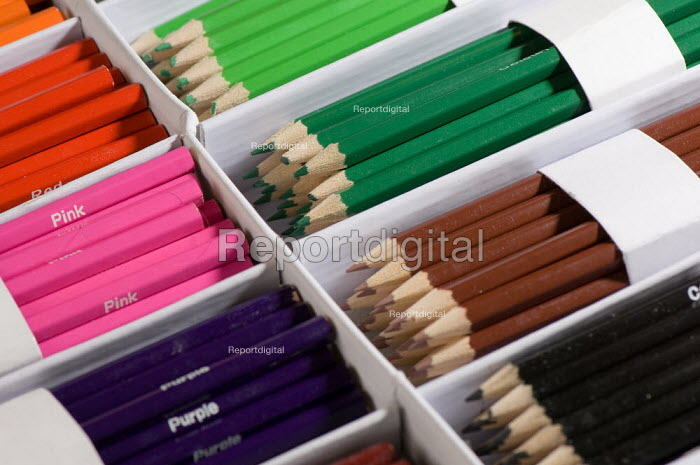 A box of coloured crayons, in a Maths lesson at a secondary school. - Paul Carter - 2007-07-10