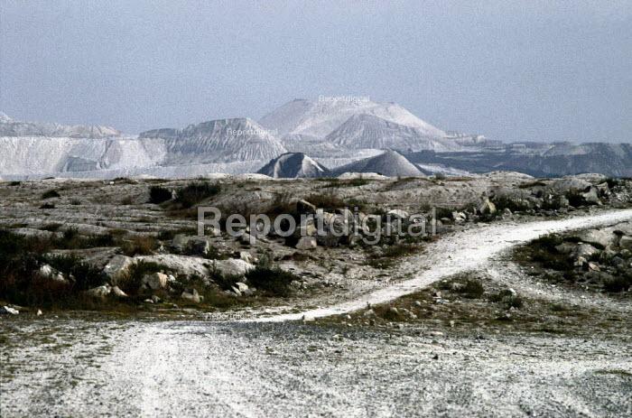 A china clay mine, Saint Dennis, Cornwall. - Paul Carter - 1999-12-16
