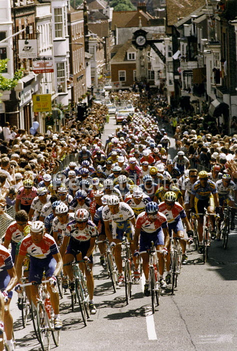 Tour de France cycle race through Winchester city centre. - Paul Carter - 1994-08-01