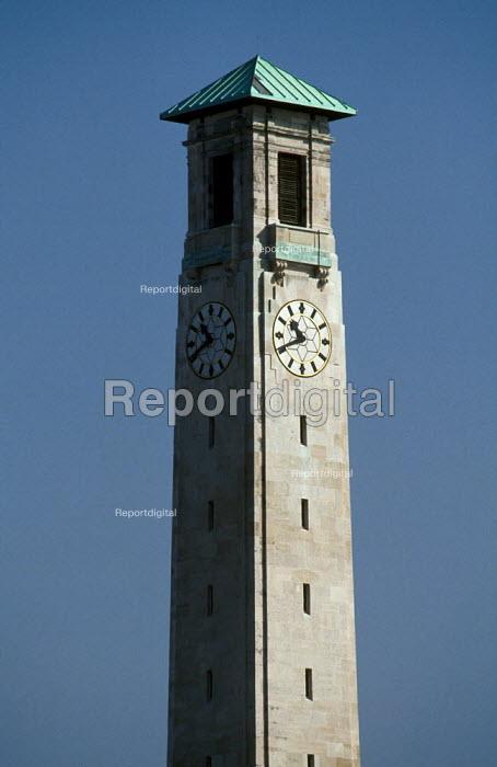 Southampton's Civic Centre clock tower. - Paul Carter - 1998-12-01