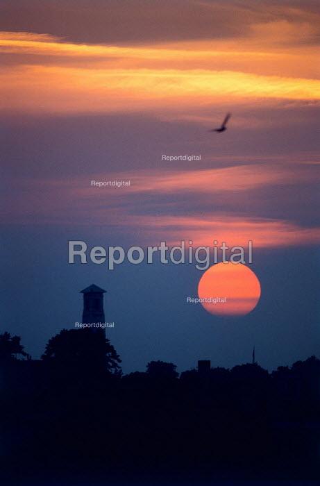 Dramatic sunset. Southampton City Centre, Hampshire. - Paul Carter - 1989-05-29