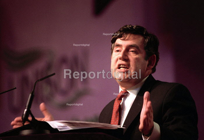 Gordon Brown MP speaking at the Unison annual conference, Bournemouth. - Paul Carter - 2000-06-13