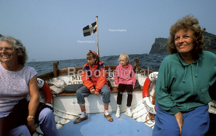 A family boat trip to Long Island, nr. Boscastle, Cornwall. - Paul Carter - 1989-05-01