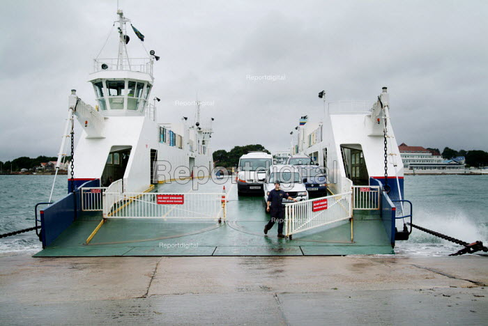 Sandbanks chain ferry crossing the entrance to Poole Harbour. - Paul Carter - 2003-11-25