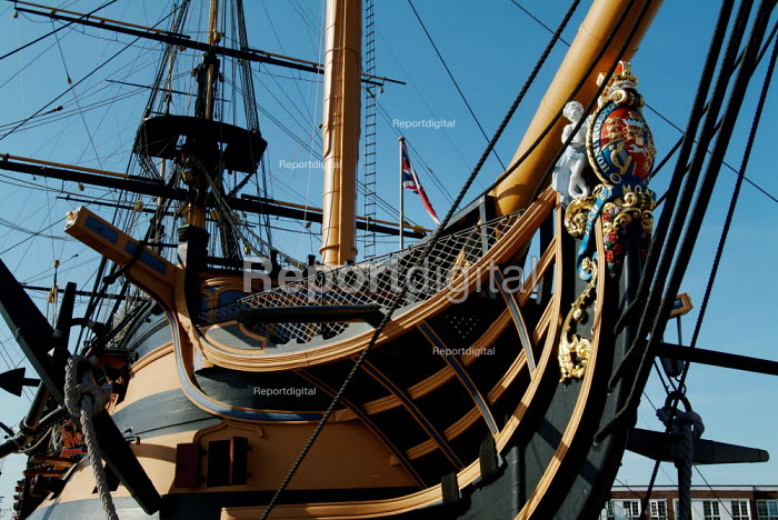 Figurehead on HMS Victory, Portsmouth. - Paul Carter - 2003-06-13