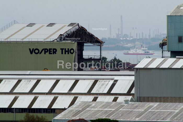 Vosper Thornycroft shipyard being demolished in Woolston, Southampton to make way for a new large housing development. - Paul Carter - 2004-09-24