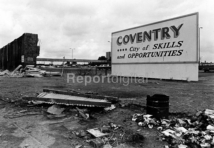 1980s Recession. A sign: welcome to Coventry city of... - John Sturrock, JS09AR016.jpg