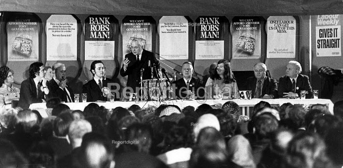 Harold Wilson speaking at the first meeting of the general... - John Sturrock, JS09AR020.jpg