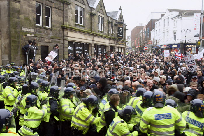 English Defence League demonstration in Stoke; Clashes with police as protestors break through police lines and rampage through the streets. - Justin Tallis - 2010-01-24