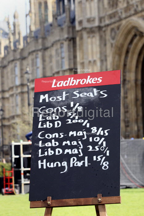 Ladbrokes political betting blackboard outside The Houses... - Justin Tallis, JT1004069.JPG