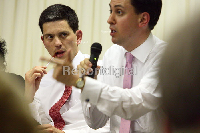 Labour Party leadership hustings take place in South London. David Miliband listening to Ed Miliband. - Justin Tallis - 2010-06-30
