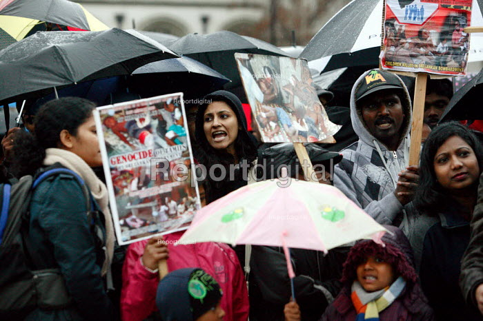 Tamil protesters outside the House of Commons calling for UK intervention on the war in Sri Lanka. London. - Justin Tallis - 2009-04-10