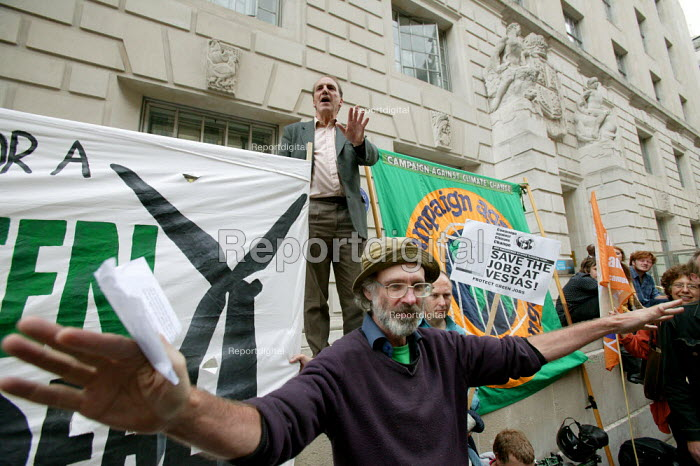 Liberal Democrat spokesman for Climate Change and Energy Simon Hughes addresses a climate change rally who are supporting Vestas workers. Outside the Department of Energy and Climate Change. Whitehall, London. - Justin Tallis - 2009-07-22