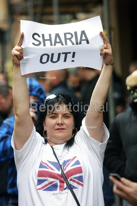 English Defence League march in Birmingham Sharia Law Out - Justin Tallis - 2009-09-05