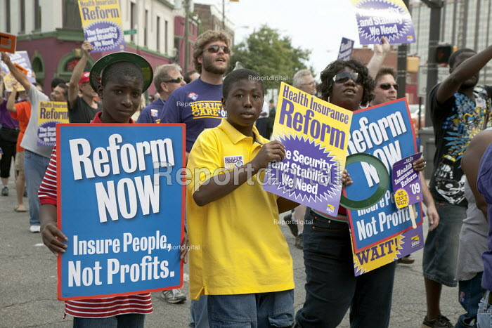 SEIU Union members campaign for healthcare reform during the May Day parade. Indianapolis, Indiana, USA - Jim West - 2009-09-05