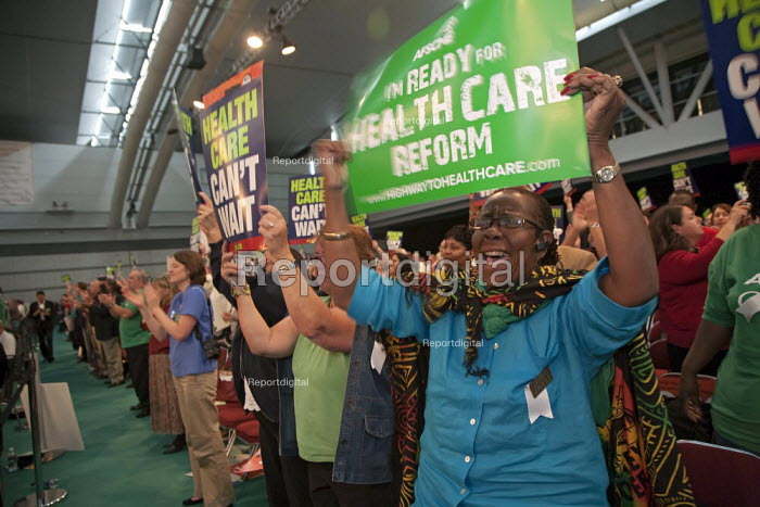 Pittsburgh, Pennsylvania - Delegates to the AFL-CIO convention rally for healthcare reform. - Jim West - 2009-09-14