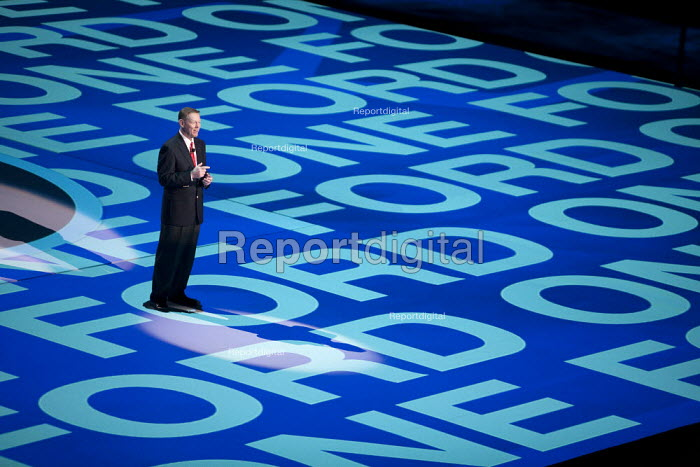 Detroit, Michigan - Ford CEO Alan Mulally at the 2010 North American International Auto Show. - Jim West - 2010-01-11