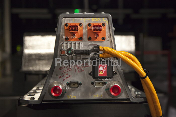 Michigan - The lithium ion battery pack for GMs new electric vehicle, the Chevrolet Volt. - Jim West - 2010-01-07