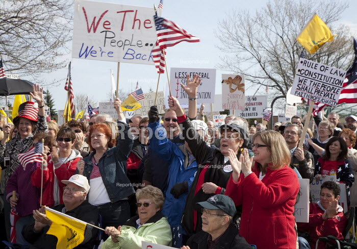 Tea Party Express rally in Detroit, USA - Jim West - 2010-04-11