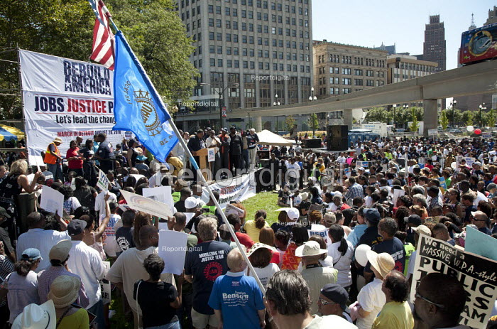 Detroit, Michigan - Thousands of union and community members participated in a March for Jobs, Justice, and Peace sponsored by the UAW and Rev. Jesse Jackson's Rainbow PUSH Coalition. Civil rights leader Jesse Jackson speaks to the protest. - Jim West - 2010-08-28