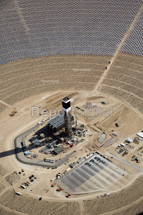 San Bernardino County, California, Ivanpah Solar Project, NRG Energy, a thermal electric generating facility, Mojave Desert. 173,500 heliostats, sets of mirrors, focus sunlight on three towers where water is turned to steam to generate 377 MW of electricity from turbines - Jim West - 2013-03-23
