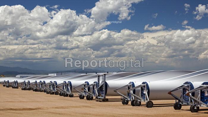 Colorado, wind turbine blades outside Vestas Wind Systems factory USA - Jim West - 2015-07-11