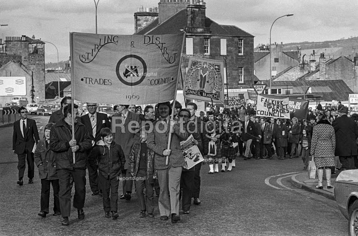 Trades union members from Stirling, Scotland march in support of miners from Polmaise pit, Scotland - NLA - 1974-02-23