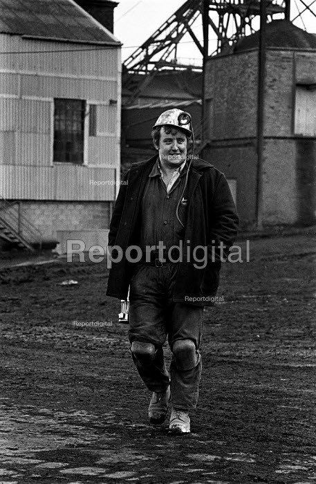Miner from Rockingham colliery, near Barnsley leaving work - Martin Mayer - 1974-12-12