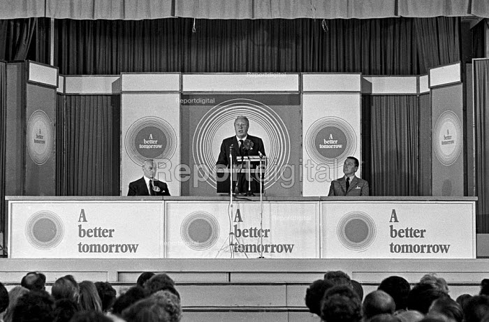 Conservative Party leader Edward Heath speaking at an election rally in Bexleyheath during the 1970 election, which he won - Martin Mayer - 1970-06-13