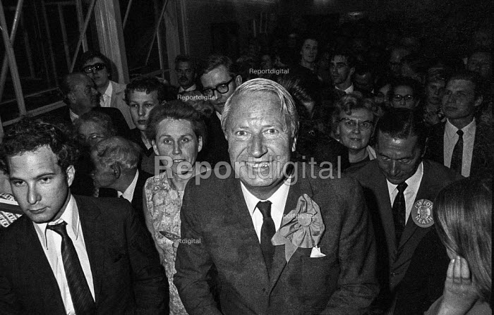 Conservative Party leader Edward Heath arriving at an election rally in Bexleyheath during the 1970 election, which he won - Martin Mayer - 1970-06-06