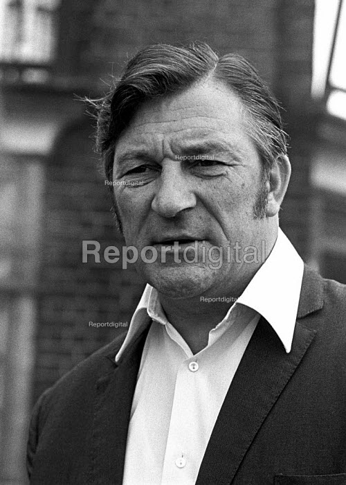 Docks strike 1972. Vic Turner, one of the Pentonville 5 and one of the leading shop stewards in the Royal Docks. - Martin Mayer - 1972-08-14
