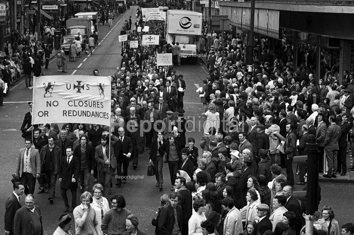 Shipyard workers from Upper Clyde Shipyards, Glasgow join a march of 80,000 trades union members opposing the threatened closure of the yards. They later occupied the yards in a 'work-in', which saved some of the yards for a while. - Martin Mayer - 1971-06-23