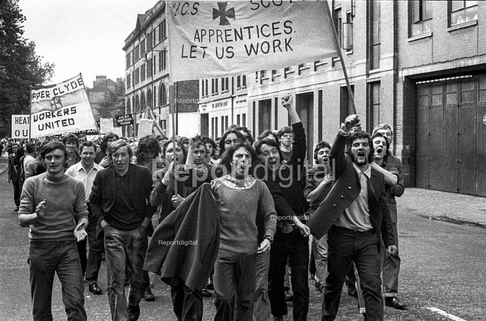 Apprentices from Upper Clyde Shipyards on a demonstration in Glasgow against the threatened closure of the company. - Martin Mayer - 1971-08-18
