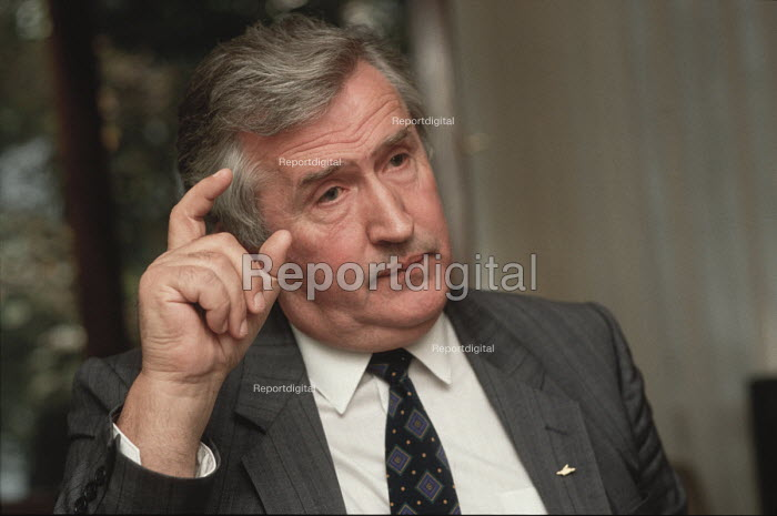 Professor. Dr. Nenad Kecmanovic being interviewed during the 1990 election in Bosnia - Martin Mayer - 1990-09-07