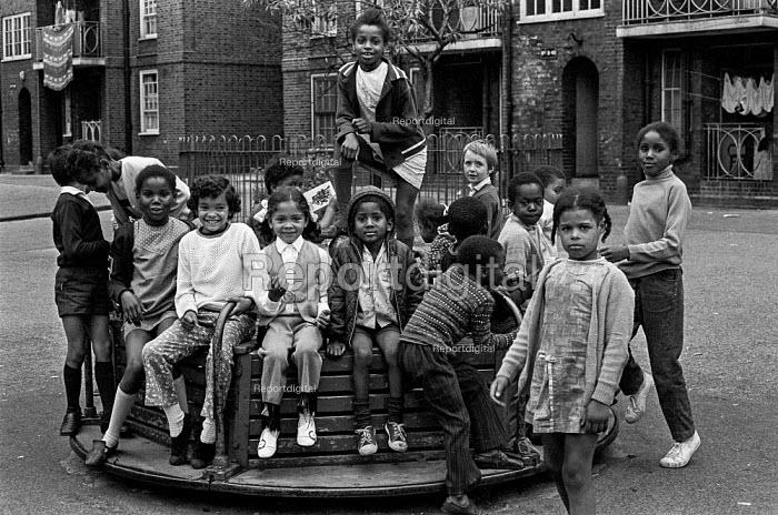 Children on a Brixton council estate, summer 1970 Ferndale Court, blocks of flats, 1970 - Martin Mayer - 1970-07-06