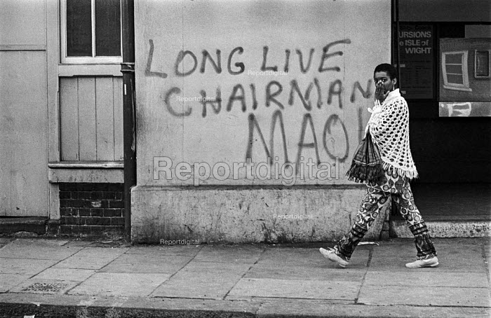 Maoist slogan on a wall, Long Live Chairman Mao, Brixton London - Martin Mayer - 1970-07-06