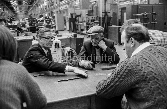 Workers at Kearns and Richards engineering, Broadheath, Manchester, play dominos while occupying their factory in support of a district wide claim for 6 pay increase, a 35 hour week, equal pay and longer holidays - Martin Mayer - 1972-04-15